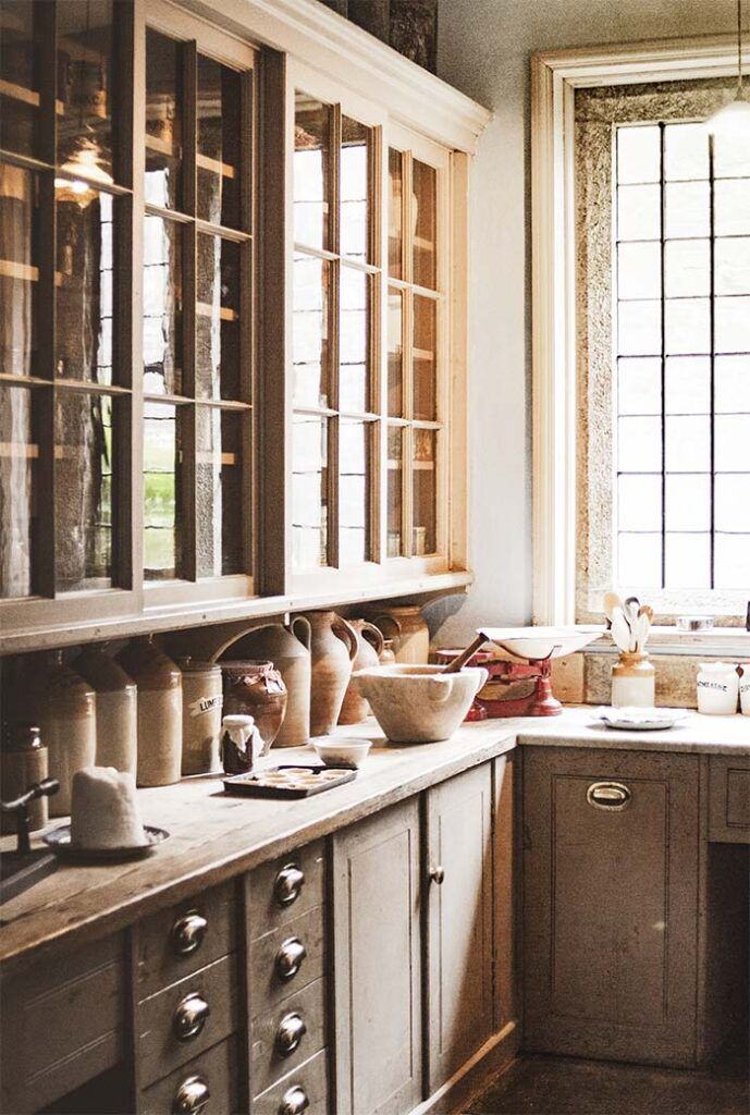 Kitchen renovations and new kitchen installation in Oxon, Warks and Northants